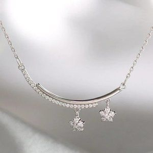 NEW Sterling Silver Cute Zircon Star Necklace
